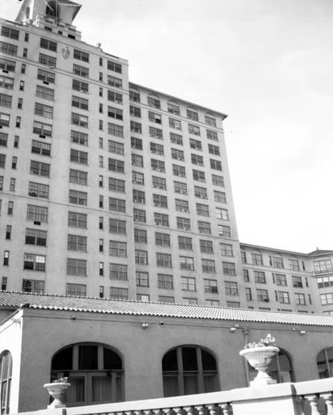 Edgewater Beach Hotel, July 15, 1961.