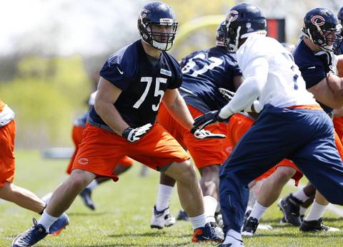 Kyle Long (75) at the Bears rookie minicamp.
