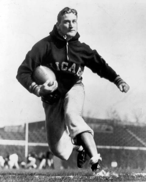 George McAfee was a great two-way player known for long explosive runs on offensive and dangerous reflexes as a pass rusher. Also could pass the ball in a trick play and was a feared punt returner. His career was interrupted at its peak by World War II and he played just six full seasons and parts of two others. Still, his impact during his brief career landed him in the Hall of Fame in 1966.