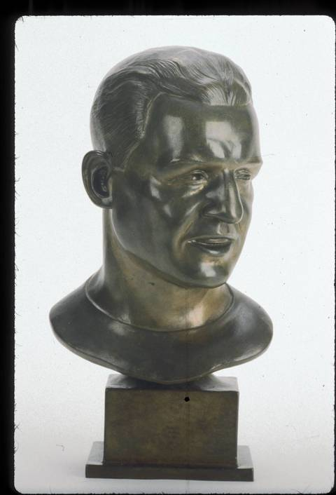 The Hall of Fame bust of Harold Grange.