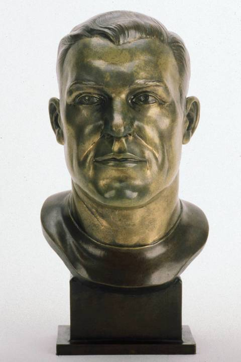 The Hall of Fame bust of Bill Hewitt.