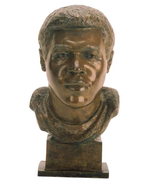 The Hall of Fame bust of Gale Sayers.
