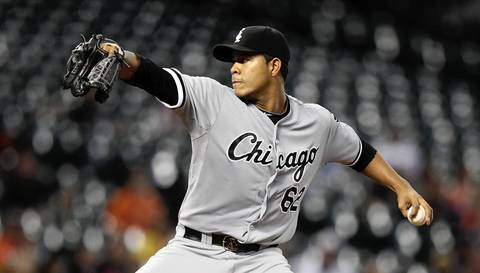 Jose Quintana pitches in the third inning.