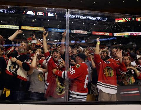 Blackhawks fans celebrate at TD Garden.