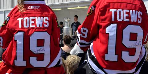 Fans gather for a chance to see the Stanley Cup and Blackhawks captain Jonathan Toews who brought the trophy to the community center named after him in his hometown of Winnipeg.