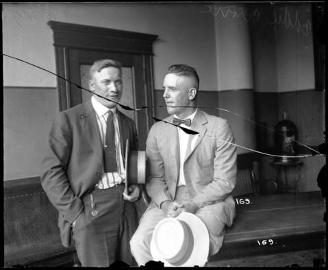 Chicago White Sox pitcher Eddie Cicotte, right, and outfielder Oscar 'Happy' Felsch, left, during the Black Sox trial in 1921.
