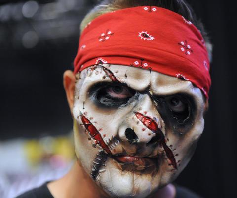 Slash from Dorney Park's Halloween Haunt, attends ParaFest 2013 held at the Sands Bethlehem Events Center. It will run from Friday, September 6 through Sunday, September 8, 2013.