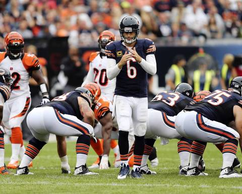 Bears quarterback Jay Cutler calls a timeout in the fourth quarter.