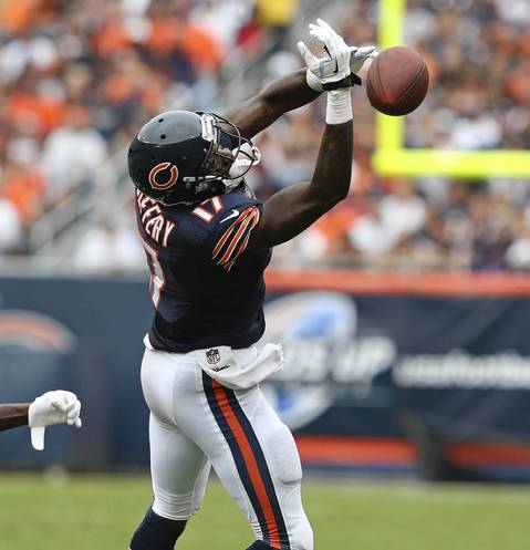 Wide receiver Alshon Jeffery misses a pass during the fourth quarter.
