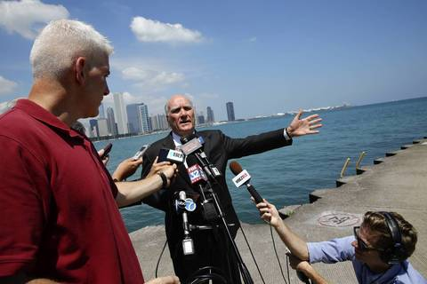 Bill Daley calls on Gov. Pat Quinn to bring legislators to the mansion in Springfield to hash out the pension problem during a press conference on the Chicago lakefront.