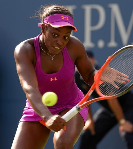 Aug 30, 2013; New York, NY, USA; Sloane Stephens (USA) returns to Jamie Hampton (USA) on day five of the 2013 US Open at the Billie Jean King National Tennis Center. Mandatory Credit: Robert Deutsch-USA TODAY Sports ORG XMIT: USATSI-133544 ORG XMIT: CHI1308301616305064