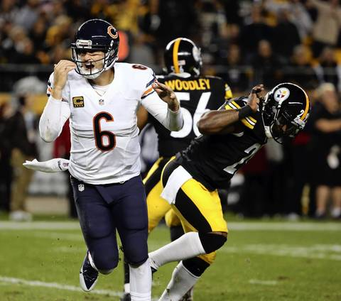 Chicago Bears quarterback Jay Cutler (6) looks for a roughing call against Pittsburgh Steelers strong safety Shamarko Thomas (29) in the second quarter.