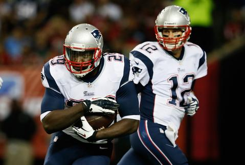 The Patriots acquired RB LeGarrette Blount from Tampa Bay for RB Jeff Demps and a 2013 seventh-round draft pick.