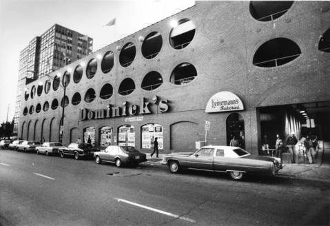 Dominick's at North Avenue and Wells Street, Oct. 21, 1982.