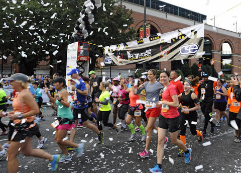 The start of the 2013 Baltimore Marathon in the 13th Annual Baltimore Running Festival.