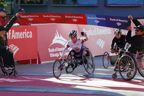 Tatyana McFadden, of Champaign, Ill., wins the women's wheelchair division of the Bank of America Chicago Marathon