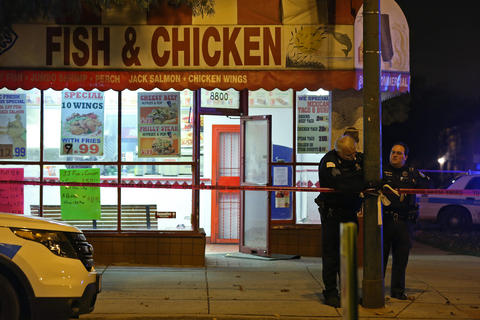 photos 2 shot in southeast side restaurant chicago tribune