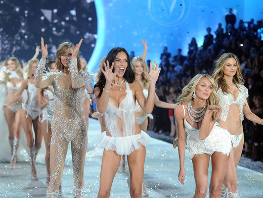 The annual Victoria's Secret Fashion show was packed with interesting lingerie ensembles, including the #10 million Royal Fantasy bra worn by Candice Swanepoel. Even Taylor Swift got in on the act, wearing two different costumes during her performances on the show.