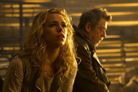 Rose Tyler (Billie Piper) and The Doctor (John Hurt)