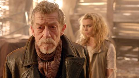The Doctor (John Hurt) and Rose Tyler (Billie Piper)