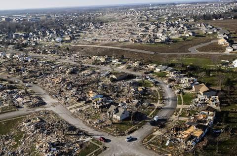 The tornado's path through Washington, Ill.