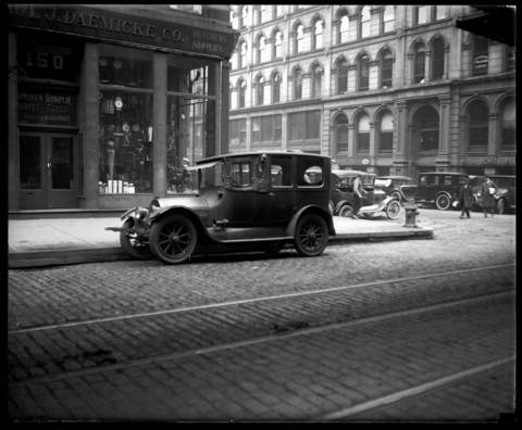 The taxi cab, driven by Ernest T. Wood, that took Wanda Stopa to Palos Park on April 24, 1924. Former Asst. State's Attorney Wanda Stopa went to the home of Mr. and Mrs. Y. Kenley Smith. Stopa had allegedly been having an affair with Kenley and went to shoot the couple. She shot and killed the groundskeeper instead, Henry Manning.