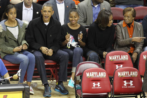 Barack Obama attends Maryland's men's basketball game against Oregon State.