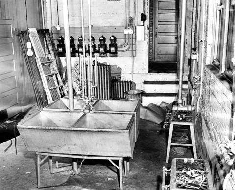 """The basement of 5901 Winthrop Avenue is where college student William Heirens, 17, dismembered 6-year-old Suzanne Degnan on Jan. 7, 1946. Heirens also murdered Frances Brown, 33, and Josephine Ross, 43, in seperate crimes in 1945. On Brown's apartment wall Heirens wrote with lipstick """"For heaven's sake, catch me before I kill more. I cannot control myself."""" Heirens had been a prolific thief leading up to the murders, with almsot all of the loot not sold, but found in his Univeristy of Chicago apartment."""