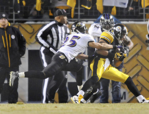 Hines Ward and the Steelers ran past Ray Lewis and the Ravens for a victory in the AFC divisional playoffs.