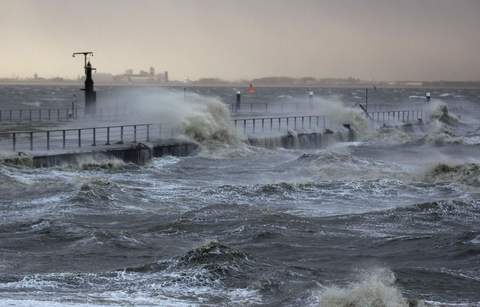 The North Sea beach is pictured near the town of Emden, December 6, 2013. Hurricane-force Storm Xaver blasted towards mainland Europe on Thursday after cutting transport and power in northern Britain and killing three people in what meteorologists warned could be the worst storm to hit the continent in years.
