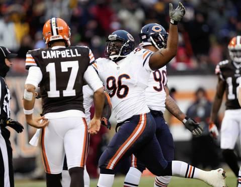 Jeremiah Ratliff celebrates after making a big tackle of Browns running back Chris Ogbonnaya in the fourth quarter.