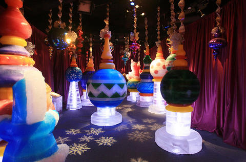 The Hall of Ornaments at the Gaylord Palms' ICE attraction.
