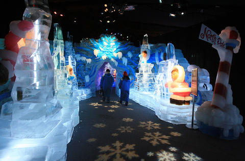 The entrance to the Gaylord Palms' ICE attraction.