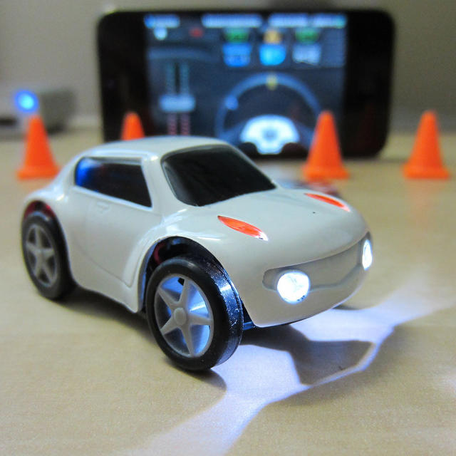 iPhone Remote Control Microcar ZenWheels