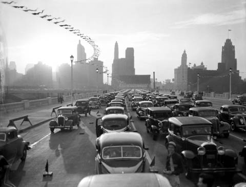 The opening of the Outer Drive Bridge connecting North Lake Shore Drive with South Lake Shore Drive on Oct. 5, 1937.