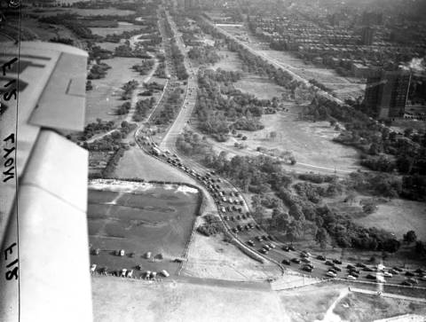 Northbound traffic on Lake Shore Drive during 5:30pm rush hour, looking South, circa August 1947.