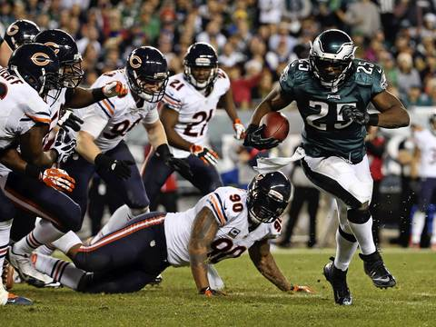 BRIAN CASSELLA: My favorites are from the same play which was representative of the entire game. Eagles running back LeSean McCoy bounced off of several Bears, leaving at least six in his wake as he scored a third quarter touchdown. Philadelphia was able to run all over the Bears defense throughout the night.
