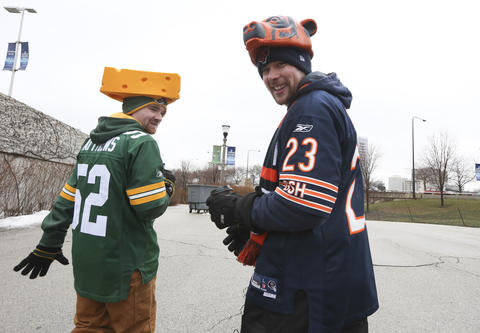 Sean Free (left) and Alex Dickie, both of Toronto, walk to Soldier Field before Chicago Bears against the Green Bay Packers game in Chicago on Dec. 29.
