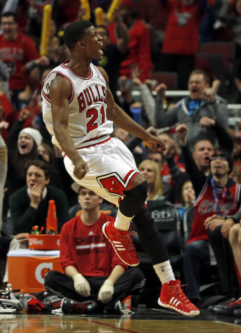 Jimmy Butler reacts to 4th quarter basket.