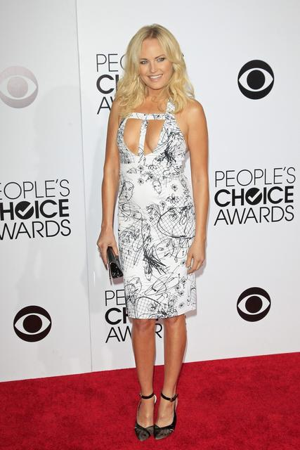 Actress Malin Akerman in a scribble print dress by Cushnie et Ochs.