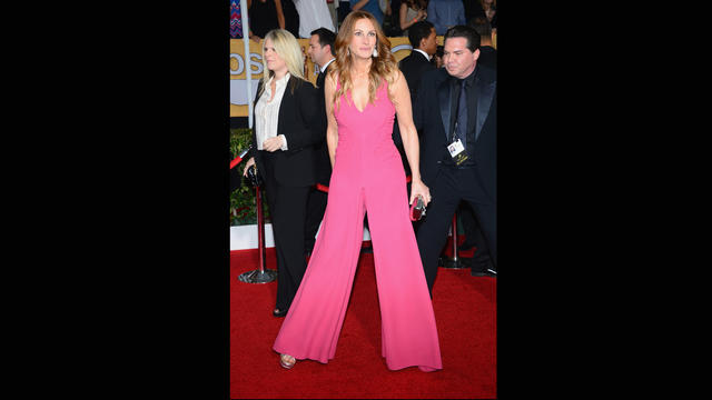 "Julia Roberts' hot pink Valentino ""secret jumpsuit"" was a brave and cool choice. I only wish the fit through the midsection had been a little better."