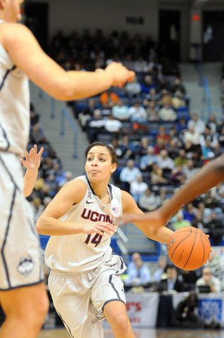 UConn's Bria Hartley drives to the basket.