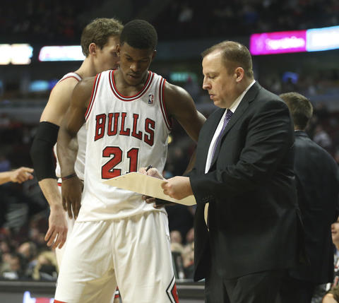 Bulls coach Tom Thibodeau with Jimmy Butler during the second half.