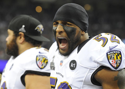 Ray Lewis gets fired up before kickoff of Super Bowl XLVII.