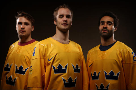 Marcus Kruger, Niklas Hjalmarsson and Johnny Oduya will be representing Sweden in the Sochi Winter Olympics.