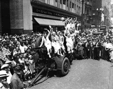 Candidates for the title of Miss Great Lakes seen here on State Street, circa July 4, 1935.