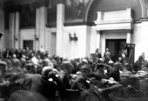 The court scene for Terry Druggan and Frankie Lake at the Federal building, circa Sept. 25, 1925. In 1924, during the height of prohibition both Druggan and Lake were sentenced to one year in the Cook County Jail for contempt of court for refusing to answer questions regarding their business dealing. The duo bribed the sheriff and used their cells as working offices, coming and going from the jail as they pleased.