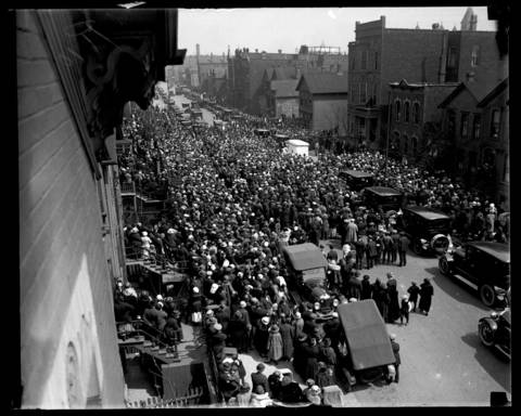 "Thousands gathered to catch a glimpse of the body of Wanda Stopa at her wake on April 28, 1924. The 24-year-old former assistant U.S. attorney turned to a life a ""Bohemia"". She married a Russian Count, then had an affair with a married man, planned a murder that went awry, and finally ran from police and ended up committing suicide."
