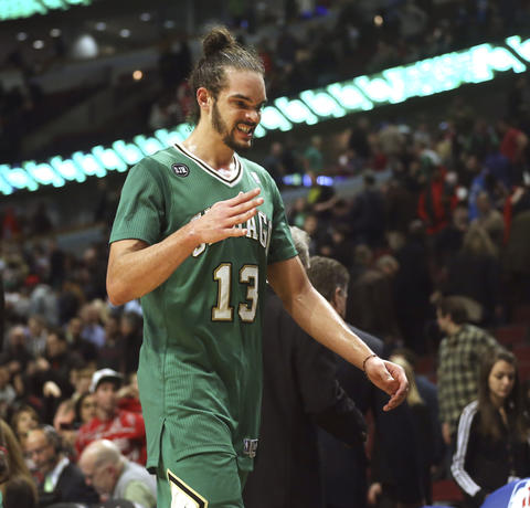 Joakim Noah leaves the court at the end of his team's loss to the Thunder.