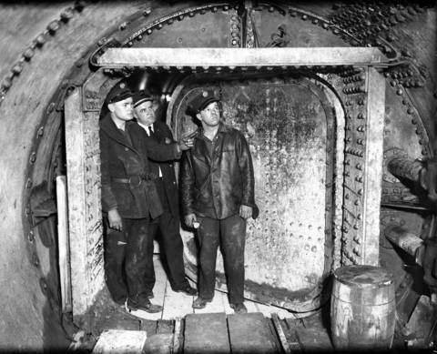 An inside view of the air chamber where 16 men were trapped overnight while a fire raged outside the tunnel door at 22nd and Laflin Streets on April 13 and 14, 1931.